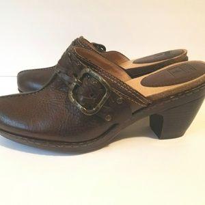 NEW FRYE Candice buckle mule heels sz10